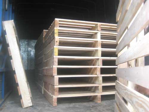 Pallet 2 hướng nâng